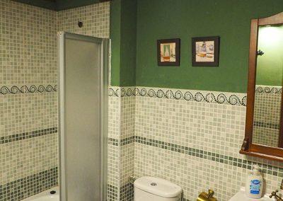 baño-grande-buhardilla