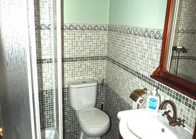 baño-pequeño-buhardilla