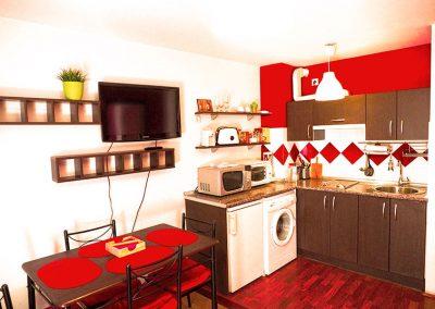comedor-y-cocina-rojo
